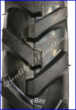 Deux pneus 5.00-10 avec chambres à air, profils à centre ouvert, à barrettes